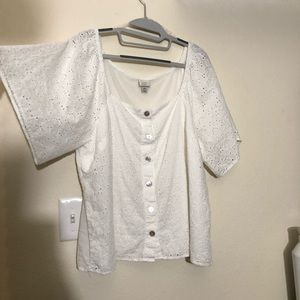 Woman's Short Sleeve Eyelet Top / Square Neck